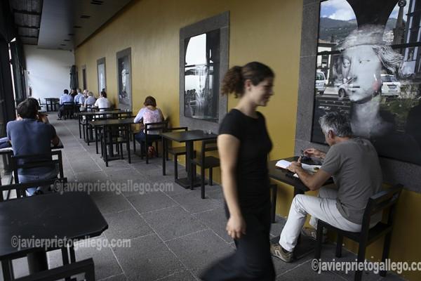 Cafe do Museu, terraza del Museo de Arte Sacro. Plaça do Municipio. Funchal. Madeira. Portugal. © Javier Prieto Gallego