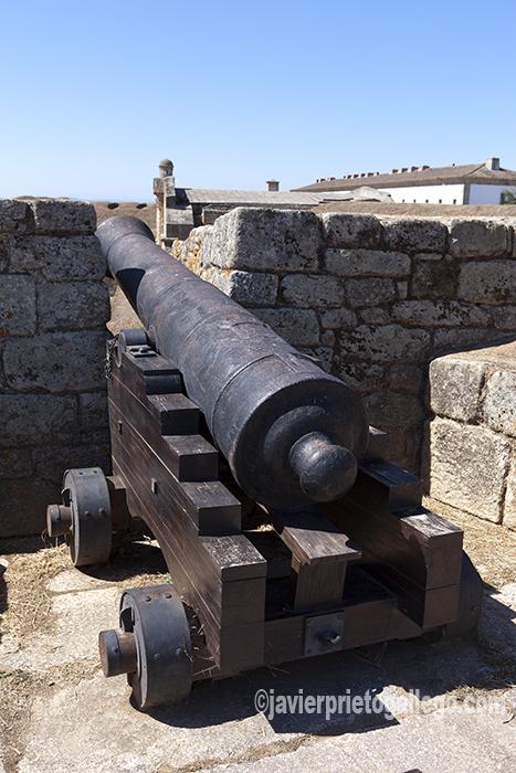 Cañones en las murallas de la fortificación de Almeida. Región de Beira. Portugal. © Javier Prieto Gallego