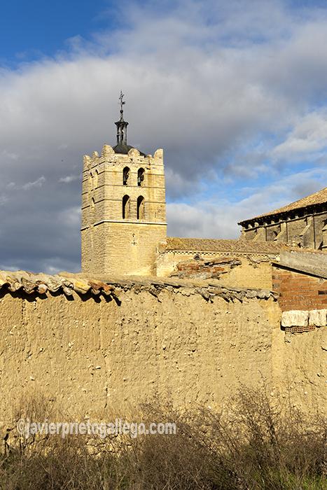 Iglesia de San Juan Bautista. Localidad de Santoyo.Tierra de Campos. Palencia. Castilla y León. España. © Javier Prieto Gallego