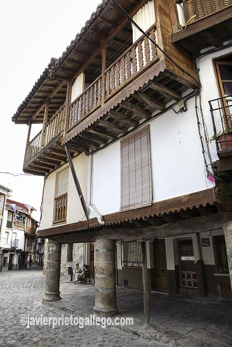 Arquitectura tradicional. Localidad de Villanueva de la Vera. Comarca de la Vera. Cáceres. Extremadura. España. © Javier Prieto Gallego