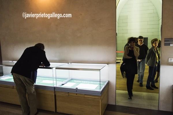 Sala de exposiciones en el interior del Archivo General de Simancas. Simancas. Valladolid. Castilla y León. España. © Javier Prieto Gallego