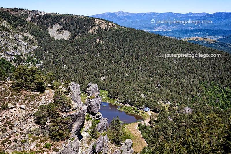 05/07/2007. Laguna Negra de Neila. Espacio natural de las Lagunas de Neila. Sierra de la Demanda. Burgos. Castilla y León. España. © Javier Prieto Gallego
