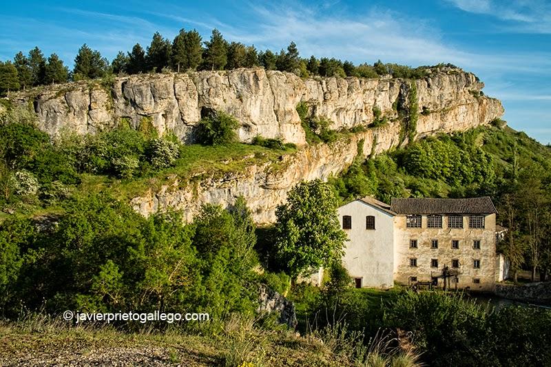 Central hidroeléctrica de La Horadada. Monumento Natural de Las Tuerces. Palencia. Castilla y León. España. © Javier Prieto Gallego