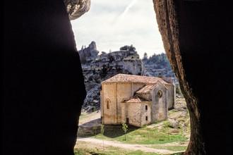 Ermita de San Bartolomé. Cañón del Río Lobos. Soria. España, 1997 © Javier Prieto Gallego;