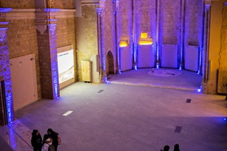 Interior de la iglesia de San Pedro, espacio cultural dedicado al acercamiento de la astronomía. Becerril de Campos. Palencia. Castilla y León. España, 2015 © Javier Prieto Gallego;