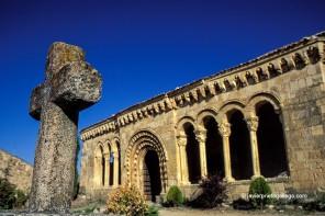IGLESIA DE SOTOSALBOS (Segovia)