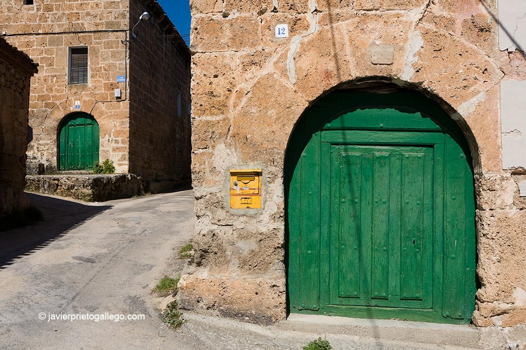 Localidad de Río Quintanilla. Valle de Las Caderechas. La Bureba. Burgos. Castilla y León. España. © Javier Prieto Gallego