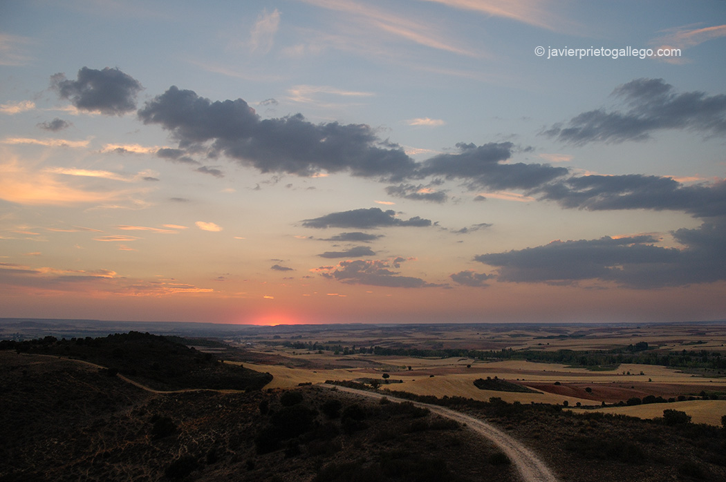Vista desde la atalaya defensiva musulmana de Quintanilla de los Barrios. cerca de San Esteban de Gormaz. Soria. Castilla y León. España © Javier Prieto Gallego;