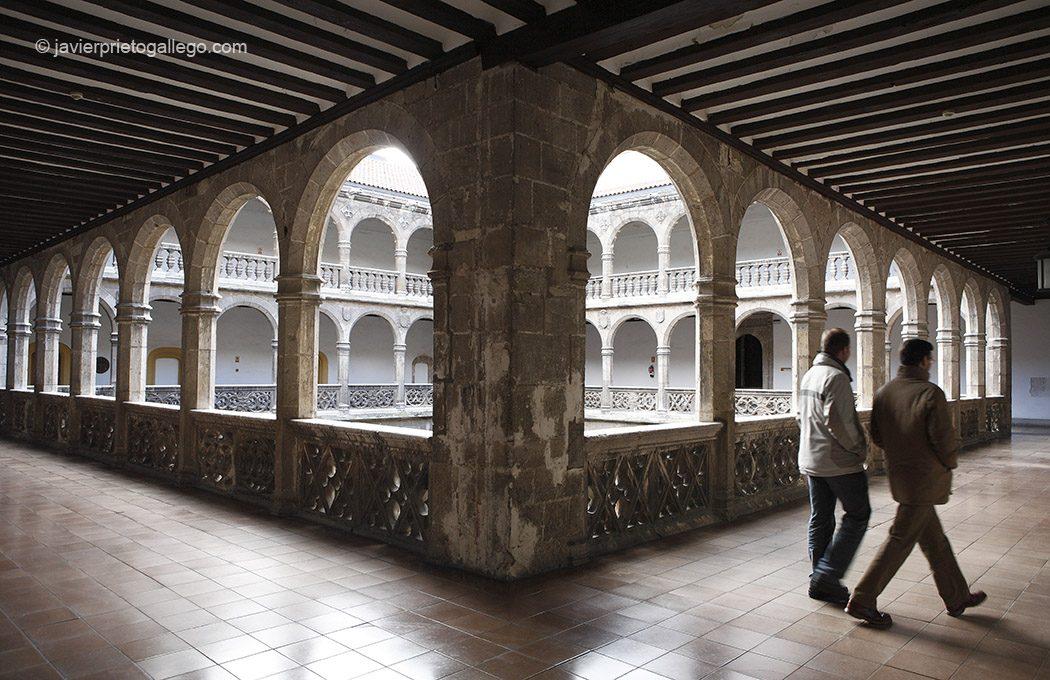 Palacio de Santa Cruz. Valladolid. Castilla y León. España © Javier Prieto Gallego