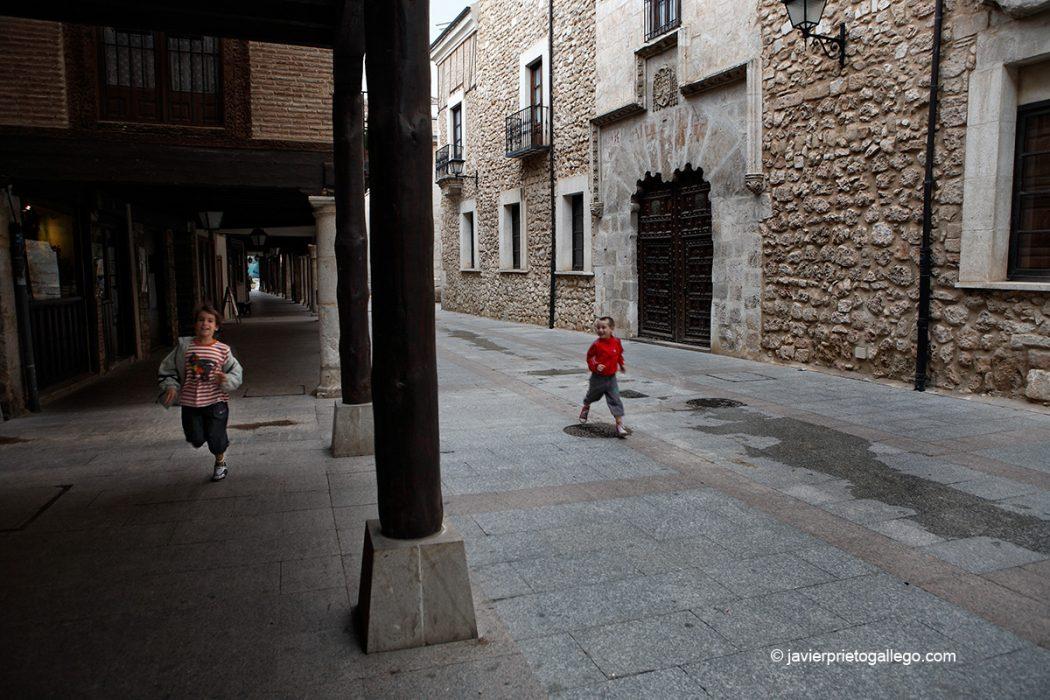 Palacio Episcopal. calle Mayor. El Burgo de Osma. Soria. Castilla y León. España. © Javier Prieto Gallego