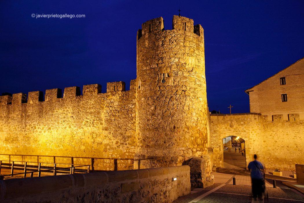 Murallas y Puerta de San Miguel. El Burgo de Osma. Soria. Castilla y León. España. © Javier Prieto Gallego