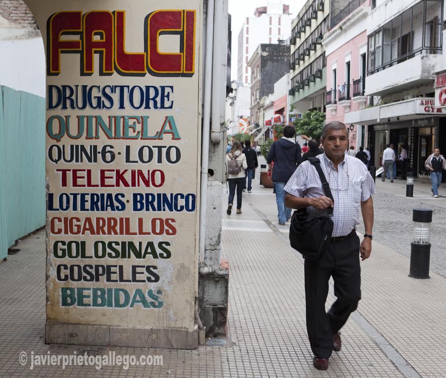 Calle peatonal. San Miguel de Tucumán. Argentina © Javier Prieto Gallego