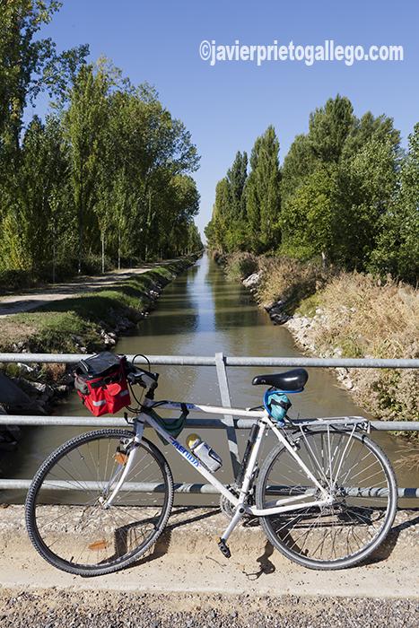Canal del Duero. Valladolid. Castilla y León. España. © Javier Prieto Gallego