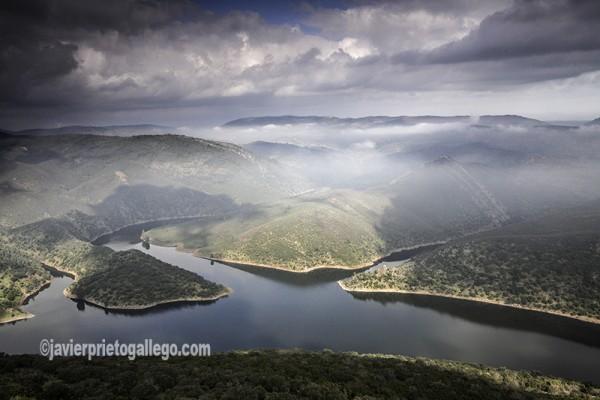 Parque Nacional de Monfragüe. Río Tajo y dehesas desde el castillo de Monfragüe. Cáceres. Extremadura. España. © Javier Prieto Gallego
