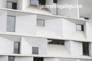 Auditorio Ciudad de León de los arquitectos Emilio tuñón y Luis Mansilla. León. España.