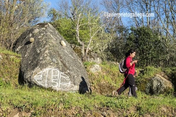 Una de las instalaciones artísticas de el Camino de los Prodigios. Sierra de Francia. Salamanca. España ©Javier Prieto Gallego