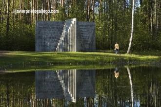 El Centro Geográfico de Europa se encuentra, según el Instituto Nacional Geográfico de Francia, A 20 km