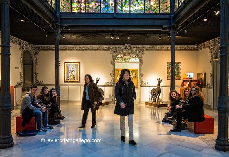 Patio cubierto del Museo Art Nouveau y Art Déco Casa Lis. Salamanca. Castilla y León. España © Javier Prieto Gallego