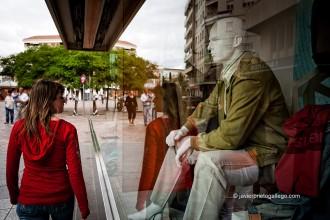Escaparate de una tienda de confección en la calle Francisco Pizarro. Almendralejo. Comarca de Tierra de Barros. Badajoz. Extremadura. España, 2007 © Javier Prieto Gallego