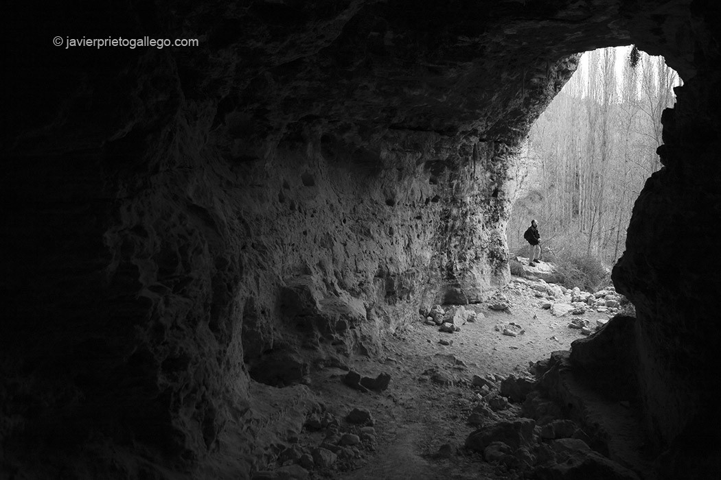 Cueva del Cura en la Senda de La Molinilla. Parque Natural de las Hoces del Duratón. Segovia. Castilla y León. España © Javier Prieto Gallego