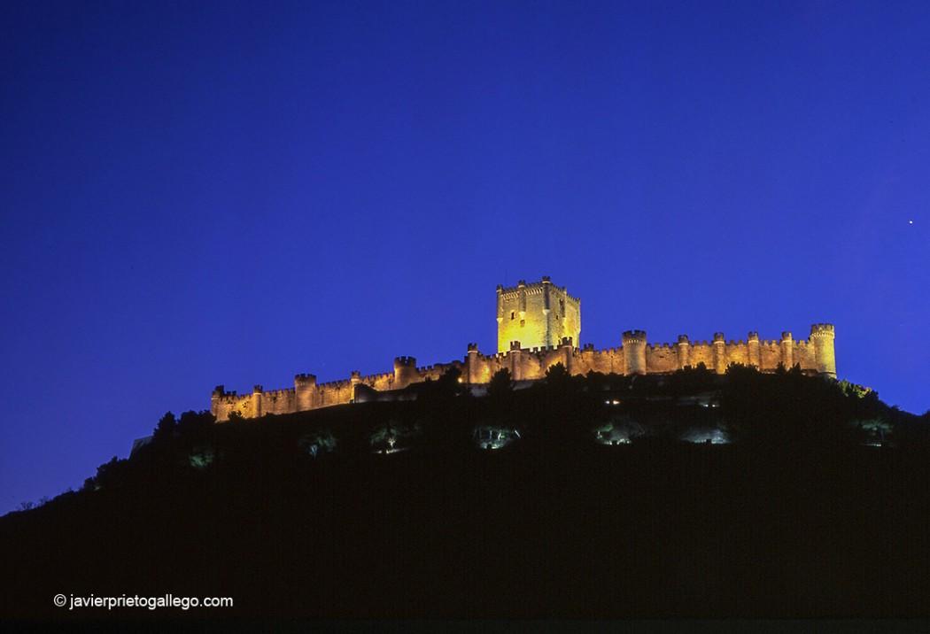 Castillo de Peñafiel. Museo del Vino. Valladolid. Castilla y León. España.© Javier Prieto Gallego