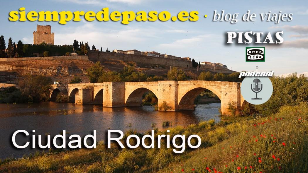 Río Águeda puente Mayor y castillo de Enrique II. Ciudad Rodrigo. Salamanca. Castilla y León. España. © Javier Prieto Gallego