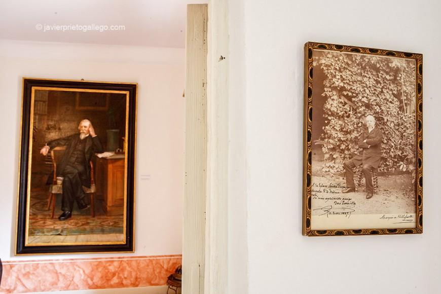 Fotografía y pintura con la imagen del poeta Zorrilla. Casa de Zorrilla. Valladolid. Castilla y León. España, 2008 © Javier Prieto Gallego