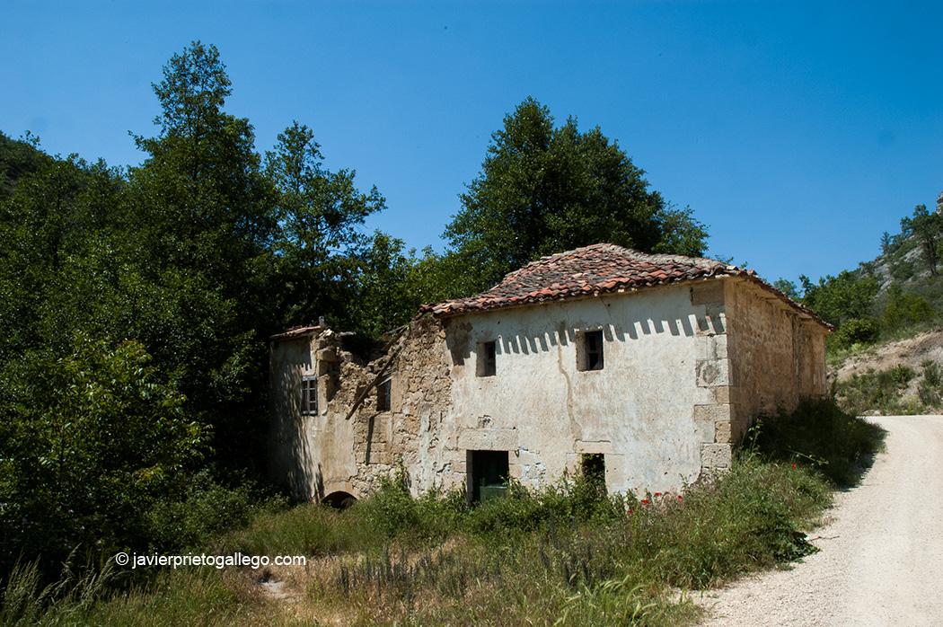 Molino cercano a Moradillo del Castillo. Cañón del Rudrón. Burgos. Castilla y León. España © Javier Prieto Gallego