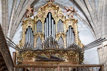 Órgano de la iglesia de San Juan Bautista. Localidad de Santoyo.Tierra de Campos. Palencia. Castilla y León. España. © Javier Prieto Gallego