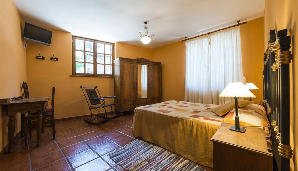 Hotel rural Pereda de Ancares 01