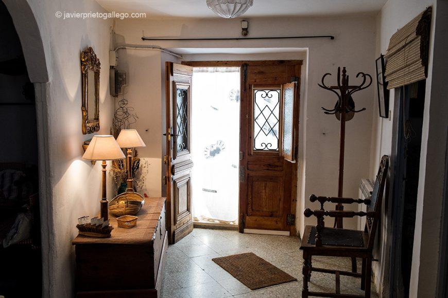 """Recibidor de entrada de la casa rural """"Vega del Duero"""". Roturas. Valladolid. Ribera del Duero. Castilla y León. España. © Javier Prieto Gallego"""
