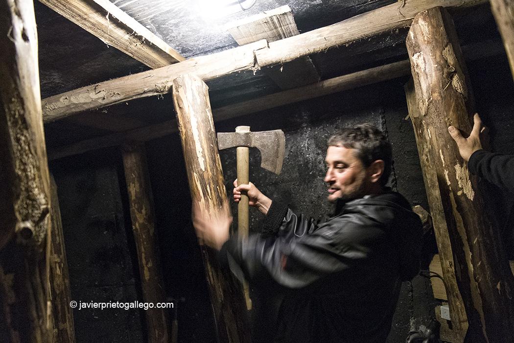 Interior de una de las galerías visitables en el Centro de Interpretación de la Minería. Barruelo de Santullán. Palencia. España © Javier Prieto Gallego;