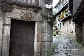 Dintel decorado. La Alberca. Sierra de Francia. Salamanca. Castilla y León. España. © Javier Prieto Gallego