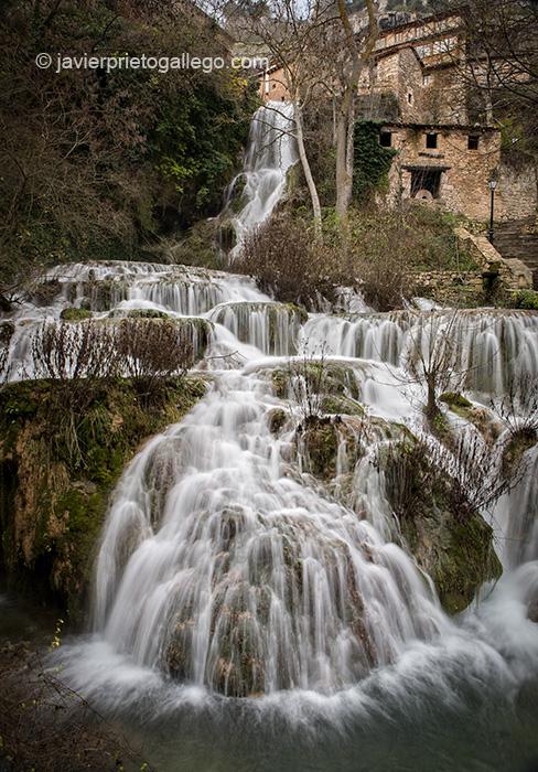 Cascada de Orbaneja del Castillo. Orbaneja del Castillo. Las Merindades. Parque Natural de los Cañones del Alto Ebro y el Rudrón. Castilla y León. España © Javier Prieto Gallego
