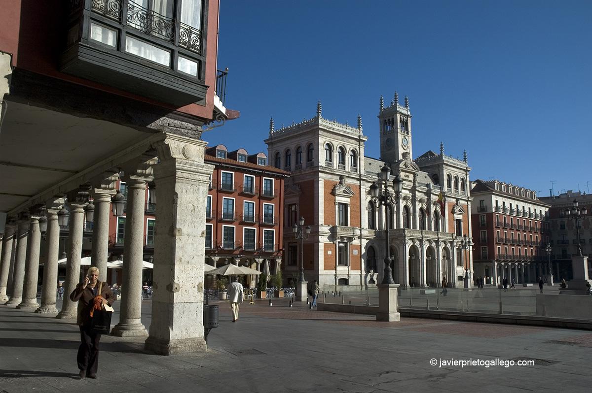 Plaza Mayor y Ayuntamiento de Valladolid. Castilla y León. España. © Javier Prieto Gallego