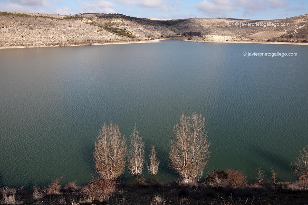 Embalse de Linares. Parque Natural Hoces del Riaza. Maderuelo. Río Riaza. Segovia.Castilla y León. España. Javier Prieto Gallego;