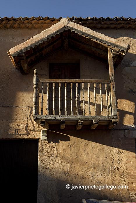 Detalle de una fachada en el casco urbano de Maderuelo. Segovia.Castilla y León. España. Javier Prieto Gallego;