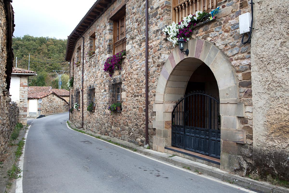 Ruesga. Parque Natural de Fuentes Carrionas. Montaña Palentina. Valle Estrecho. Palencia. Castilla y León. España. Javier Prieto Gallego