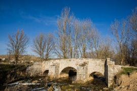 Puente romano. Cabañes de Esgueva. Río Esgueva. Burgos. Castilla y León. España © Javier Prieto Gallego