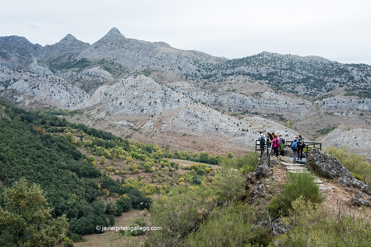 Mirador sobre el valle de Sabero en la Ruta de las Minas. Sabero. León. Castilla y León. España © Javier Prieto Gallego